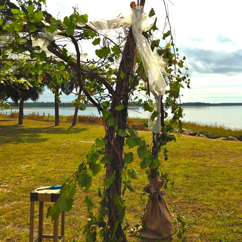 Rustic Outdoor Wedding Ideas: Rustic Outdoor Wedding Chuppah Or Arbor