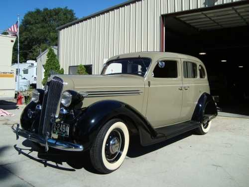 1936 plymouth deluxe 4 door sedan touring car vintage for 1936 dodge 4 door sedan