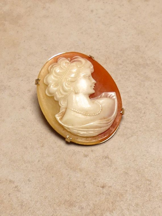 Vintage Antique Resin Cameo in a Claw Gold Metal by JessaBellas