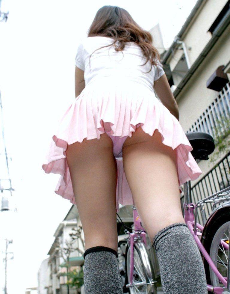Japanese short skirt upskirt can discussed