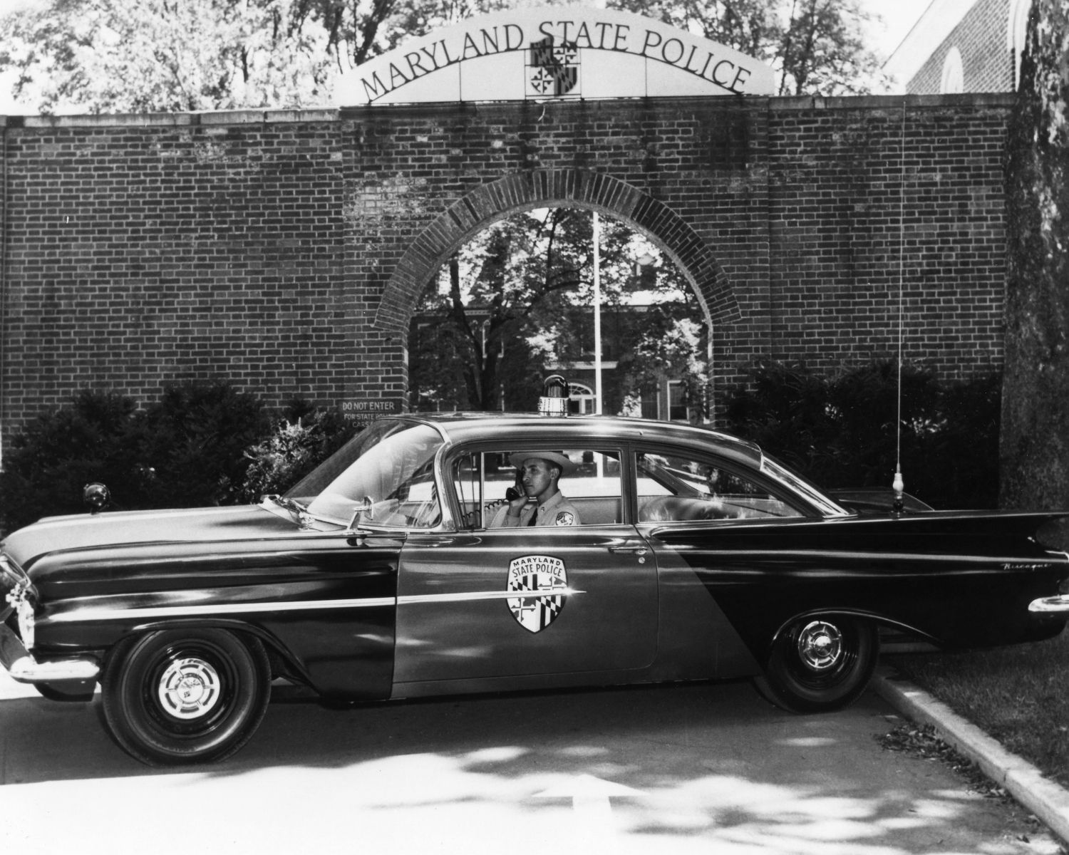 1st African American Maryland State Trooper Passes Away State Trooper Police Cars State Police