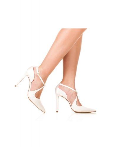 Zapatos Pura López de punta fina y tacón alto en raso blanco roto