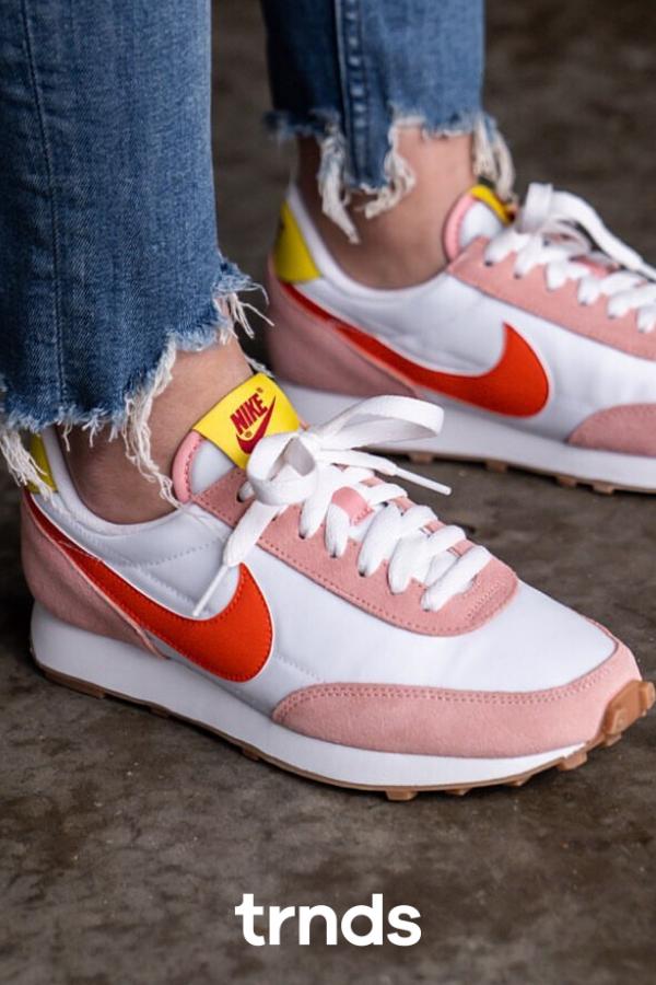 disparar reunirse oro  Nike Daybreak Pink fo Women | Nike, Sport shoes, Nike air max 95