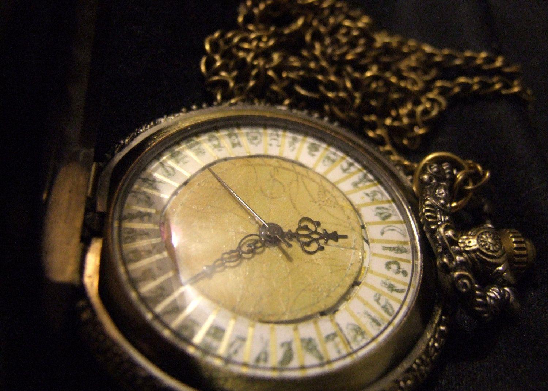 Alethiometer Philip Paulman Inspired His By Liittlemisscupcake