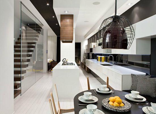 Symphonie jaune dans une troite maison de ville projet maison maison maison design et - Maison etroite ...
