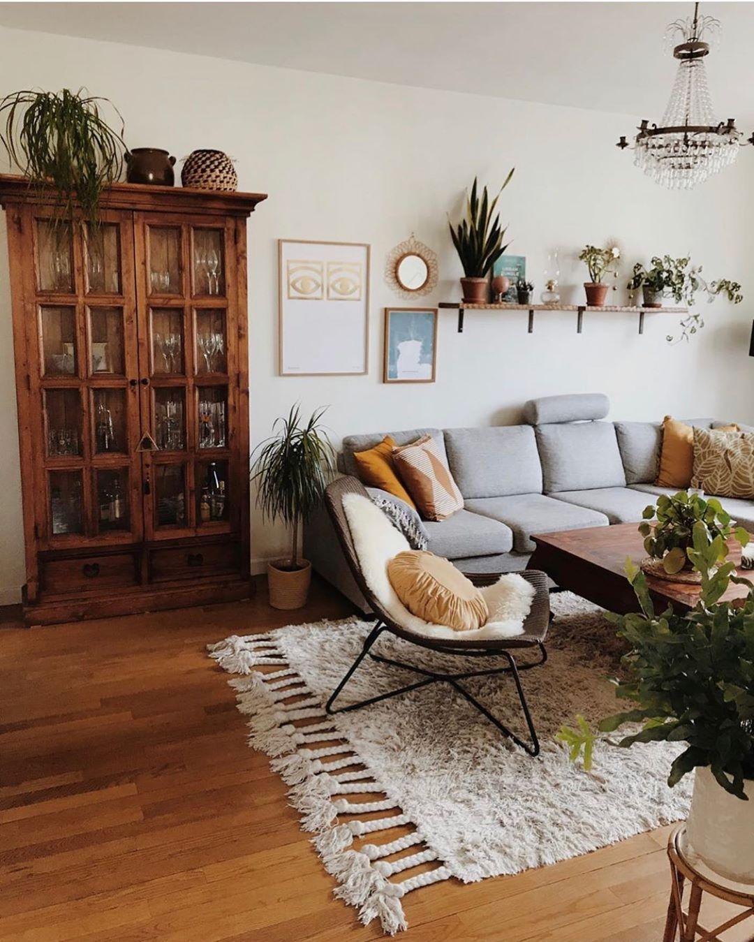 Home Is Where The Plants Are Shellenasellsatlanta Atlantarealestateagent Atlanta Real Living Room Scandinavian Living Room Designs Living Room Inspiration