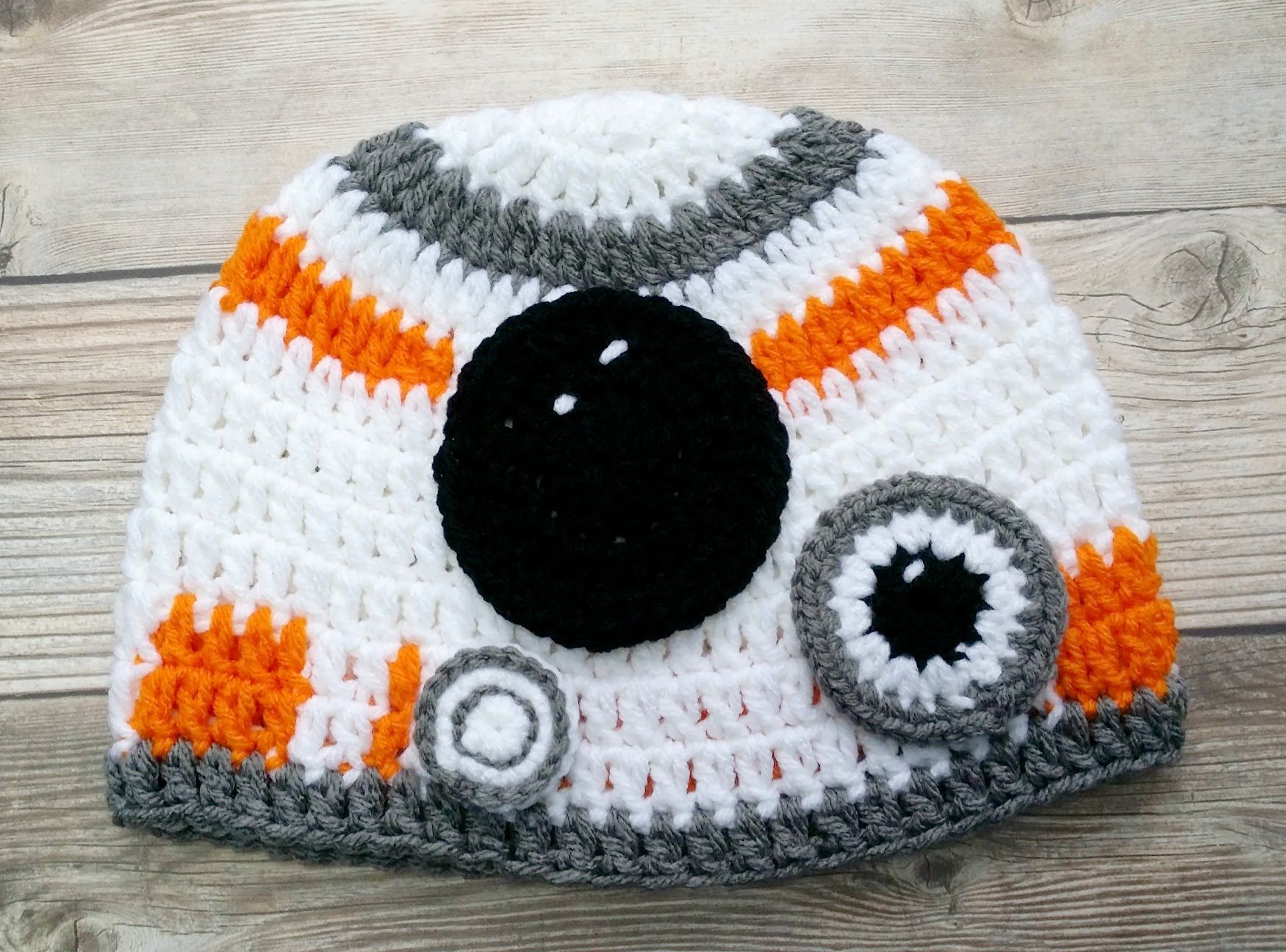 Crochet Hat Inspired By Star Wars The Force Awakens Video 1 Patrones De Sombreros De Ganchillo Crochet Hats Free Pattern Ganchillo Star Wars
