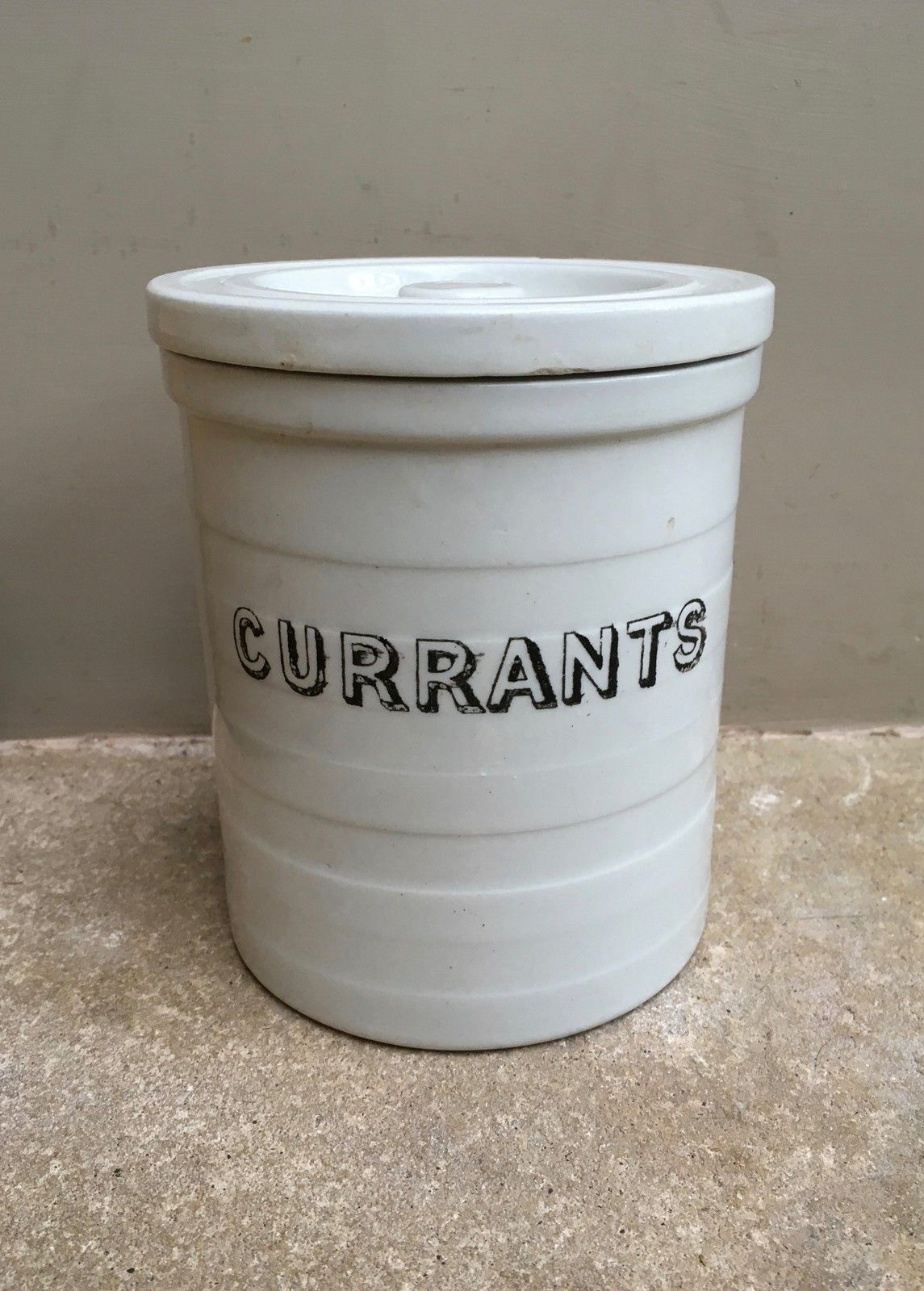 Cucina A Gas Vintage Edwardian White Banded Jar Currants The Hoarde Kitchenalia