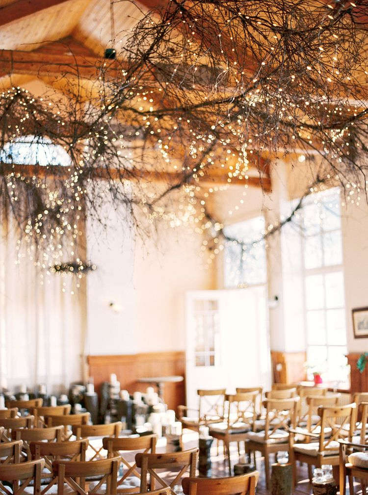 Beautiful hanging branches + fairly light for a Magical Narnia wedding theme | Fab mood #winterwedding #wintertale