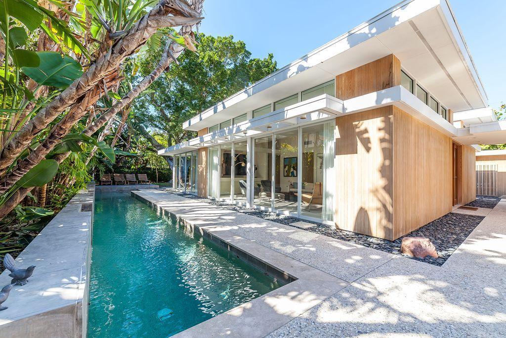 1155 Center Place, Sarasota, FL, USA (1957) Architect: William ...