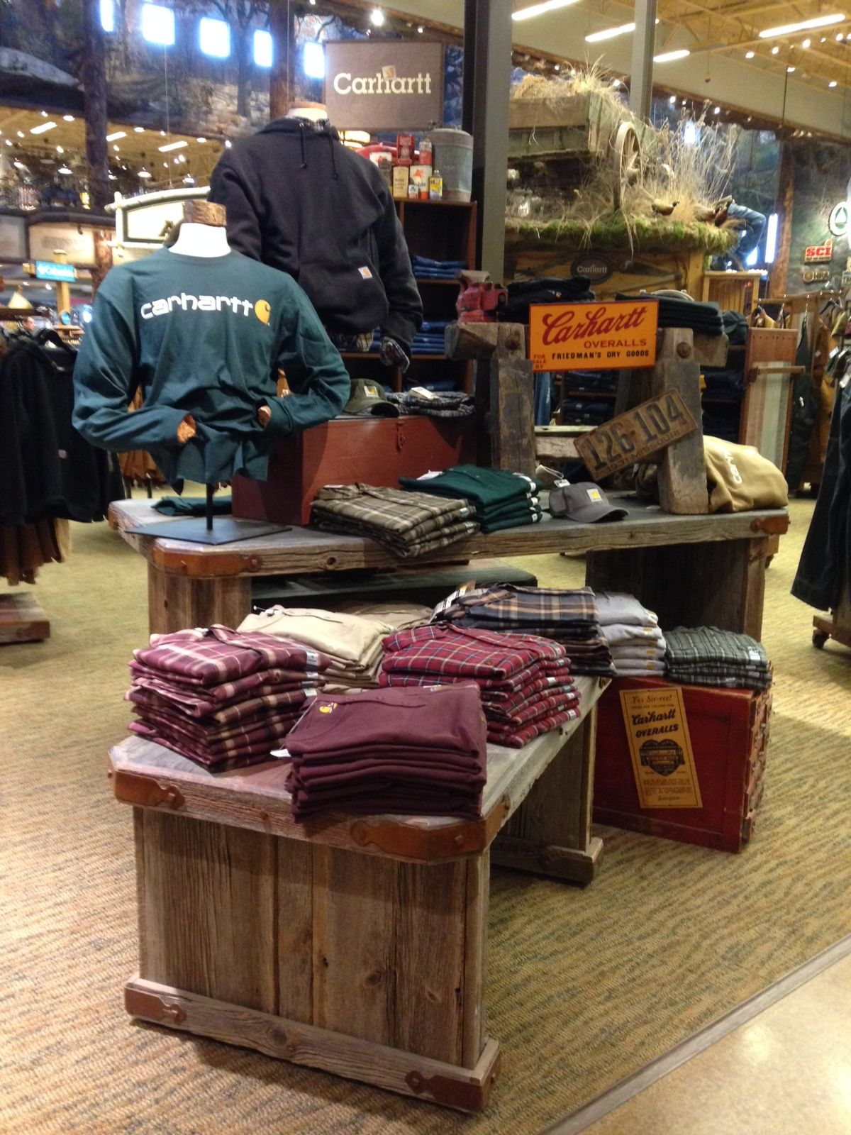 Muebles Escaparate Nice Carhartt Display At Bass Pro In Ohio V Store