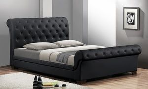 I am in love with this black platform bed. I'm even more in love with the low price. If money was right it would be getting shipped today.