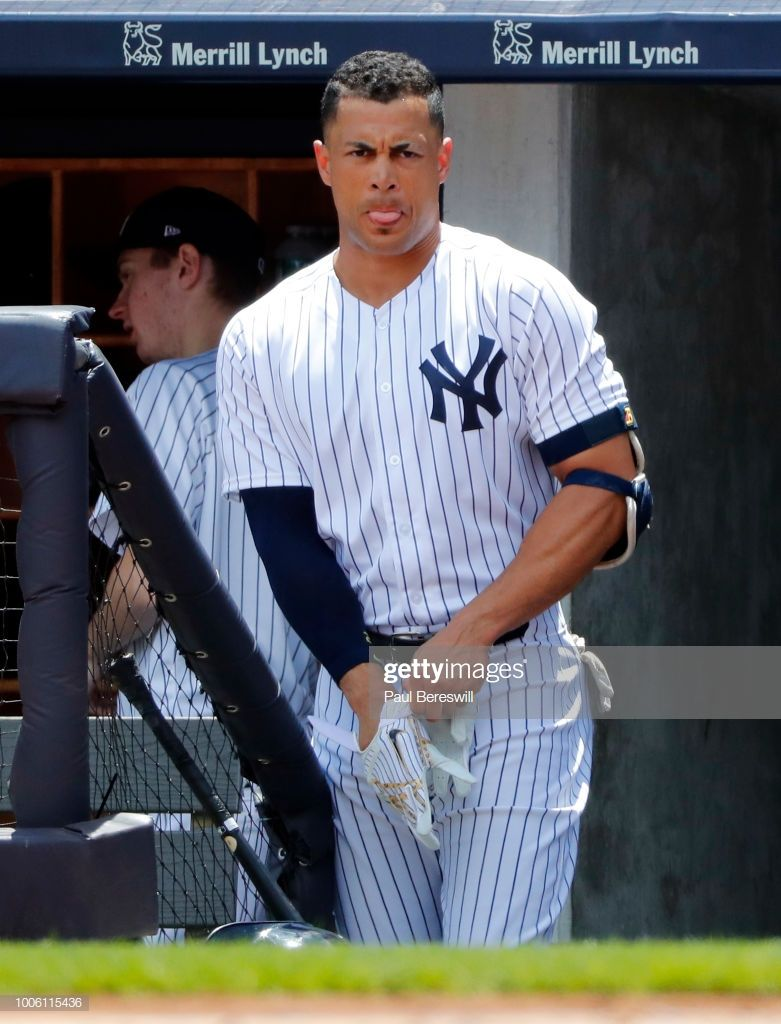 Giancarlo Stanton Of The New York Yankees Gets Set To Come Out Of The New York Yankees Baseball New York Yankees Giancarlo Stanton