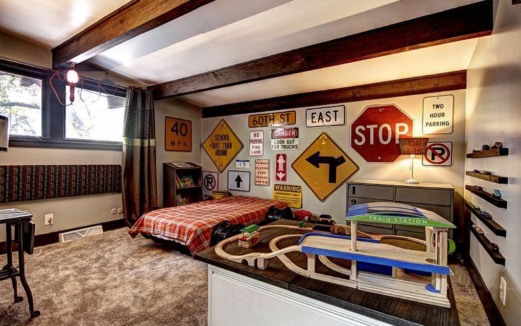 Creative Bedroom Ideas Set Using The Concept Of Traffic Signs