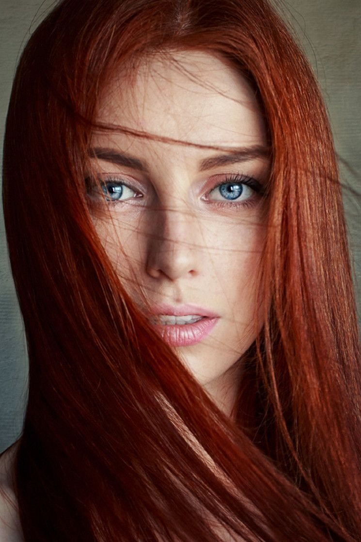 Beautiful redheads will brighten your weekend photos