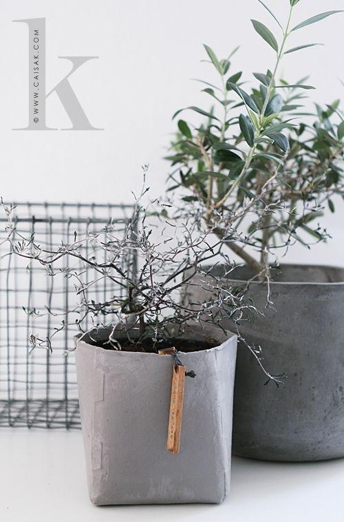 Caisa K Lite Linne Och Lite Oohh Concrete Pots Plants Concrete Planters