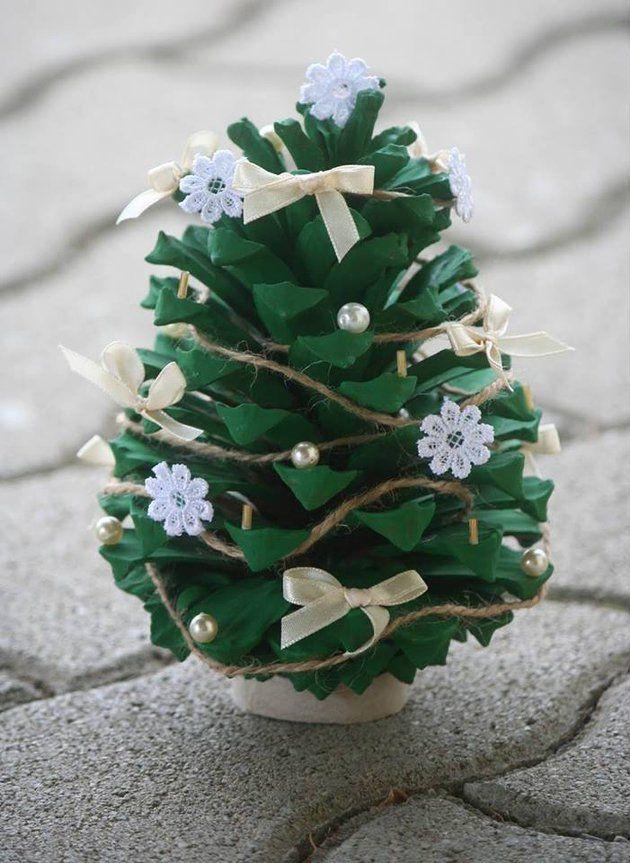 18 nápadov na lacné, ale úžasné vianočné ozdoby vyrobené zo šišiek