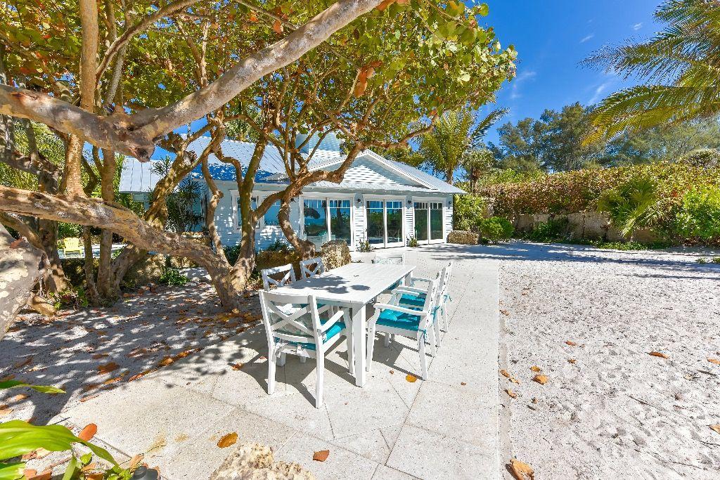 Superb The Tiki Exclusive Private Beachfront Villa Pool Tiki Download Free Architecture Designs Scobabritishbridgeorg