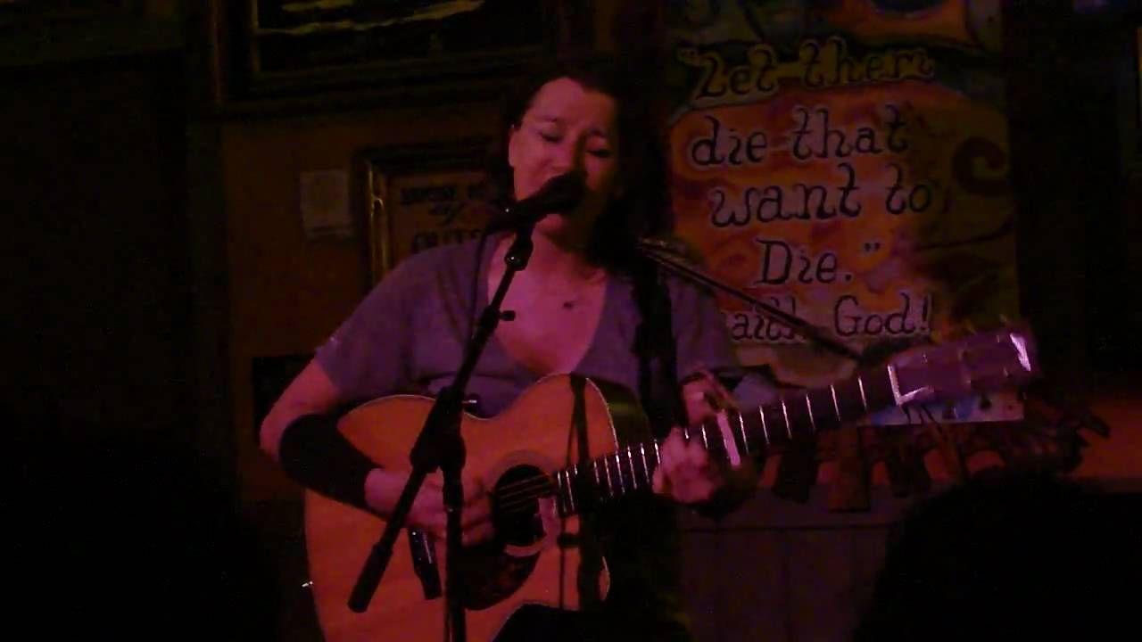 Beth elliott lesbian singer