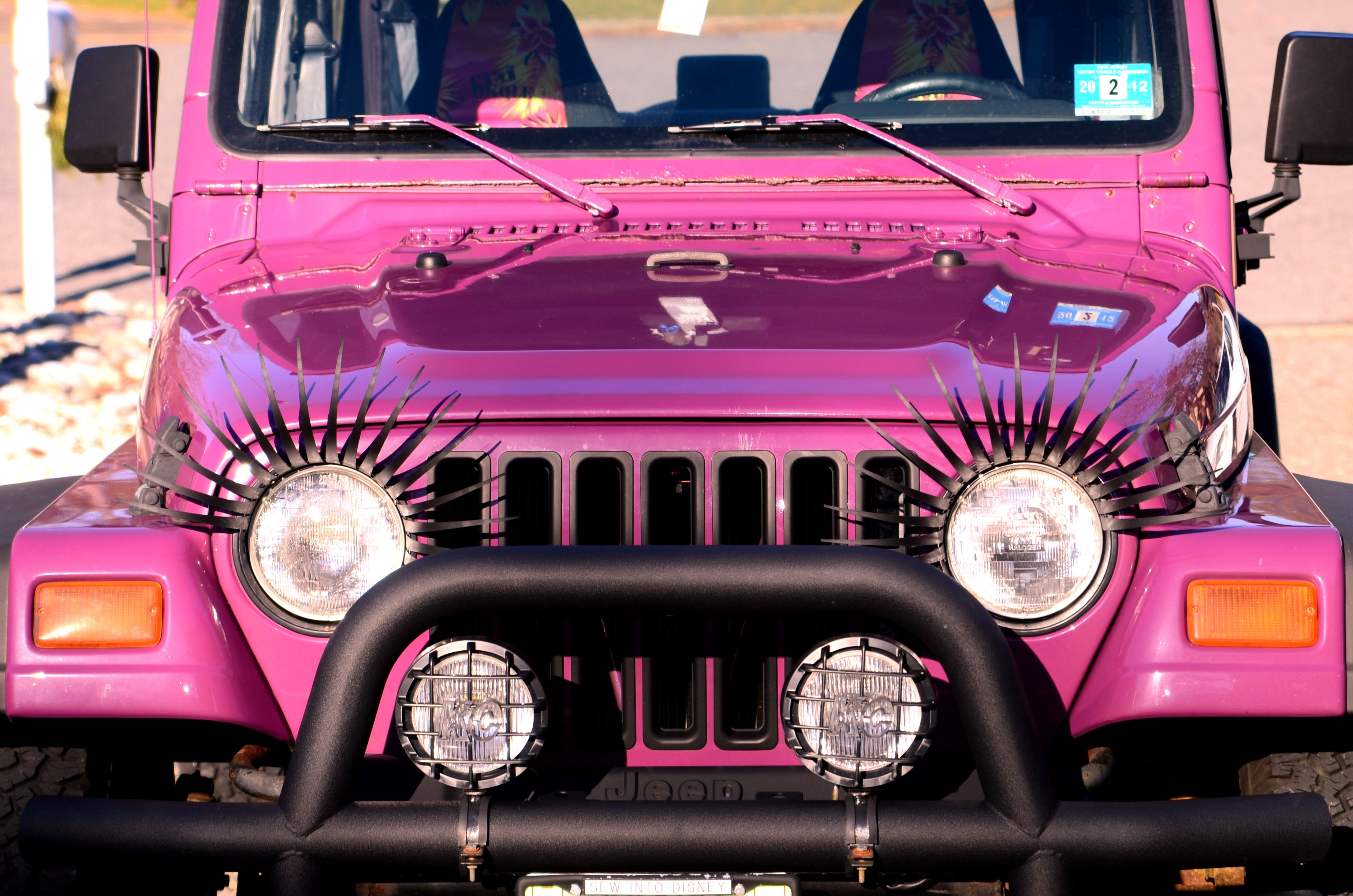 oooh my!! i need a pink jeep with eyelashes!! | princess jeep