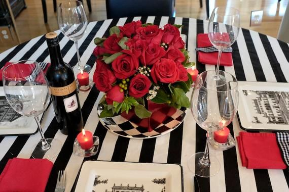 Black And White Striped Table Runner Wedding Table Runner Etsy Striped Table Runner Wedding Striped Table Dining Table Decor