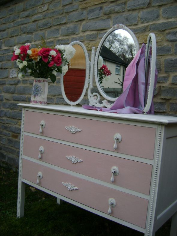 Painted in Annie Sloan Old White and Vintage Pink