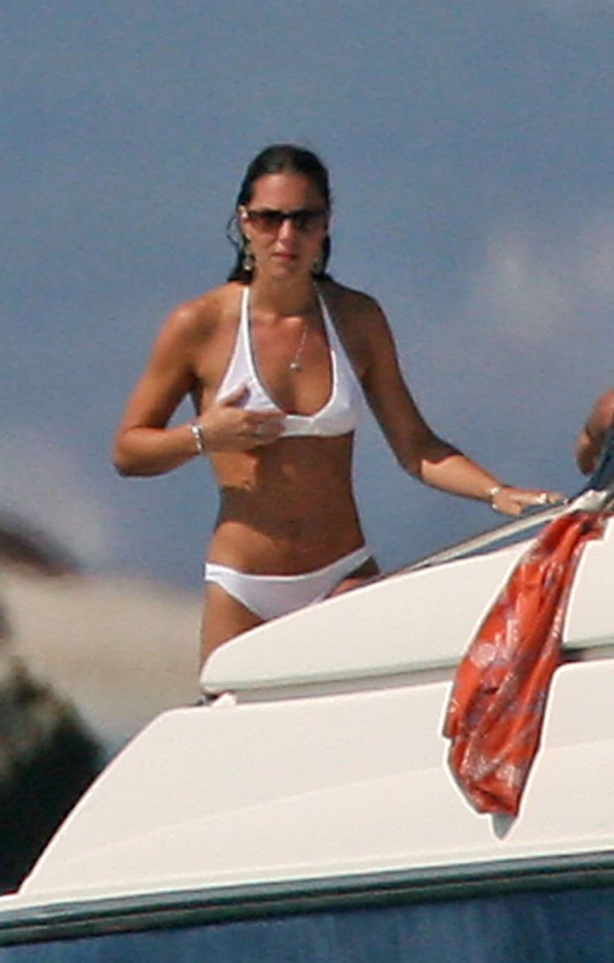 19 Vintage Kate Middleton Photos Before She Was Famous -   18 kate middleton bikini