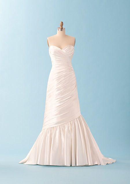 Ariel themed wedding dress | Wedding Goals | Pinterest | Wedding ...