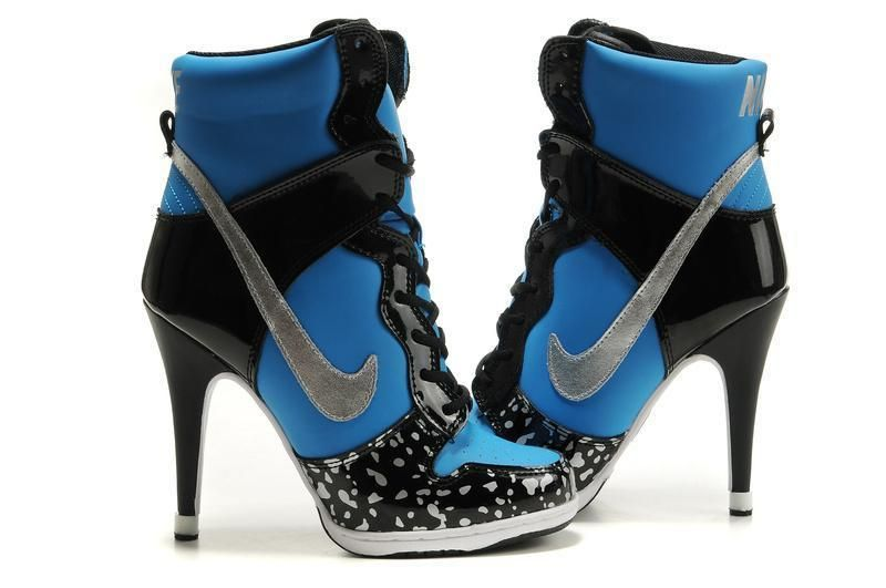 nike boots for women with heel