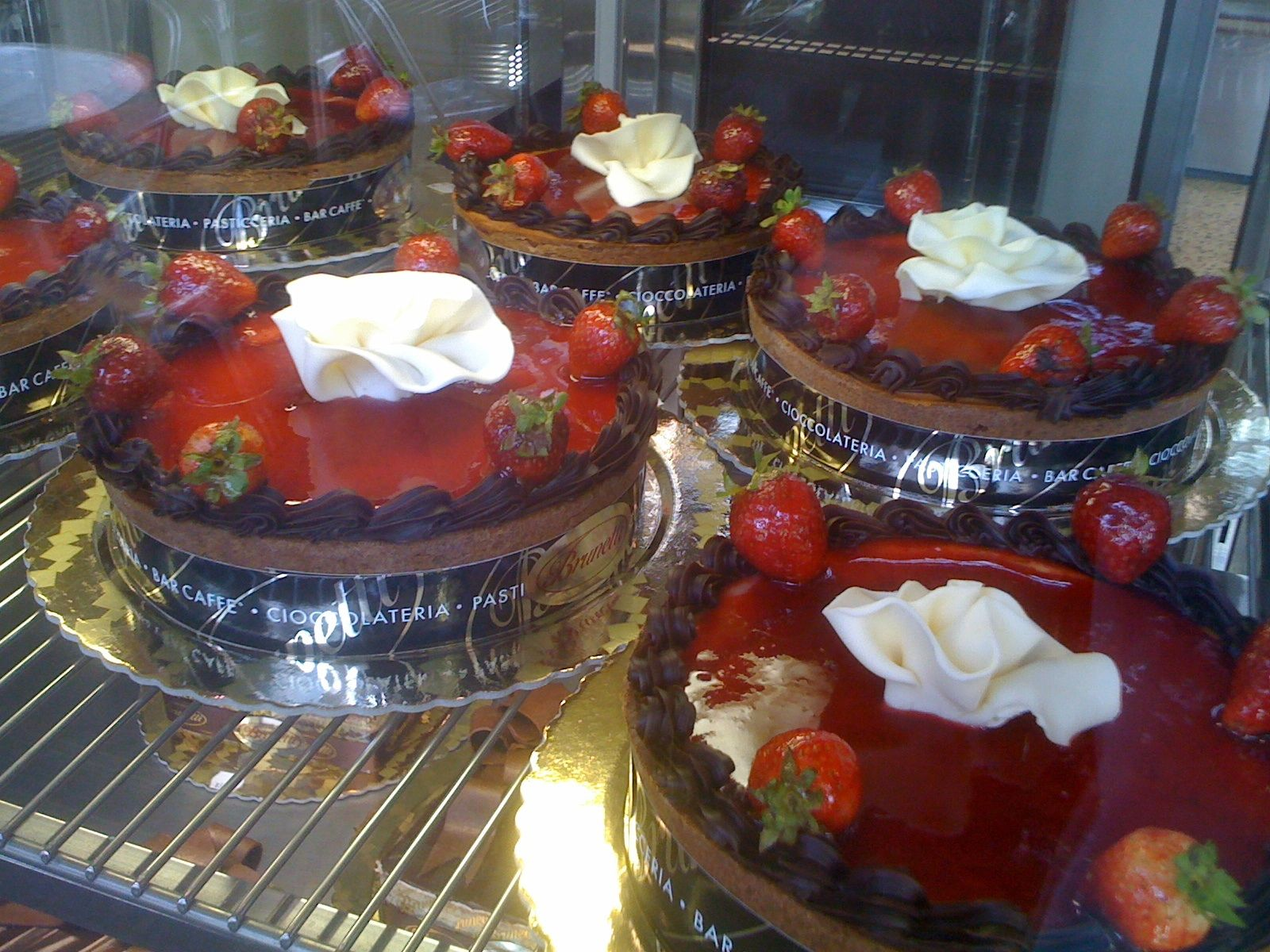Take a break. Coffee and cakes at Bellini cafe. http://www.bellinicafe.com.au/ Picture taken in Melbourne Australia.