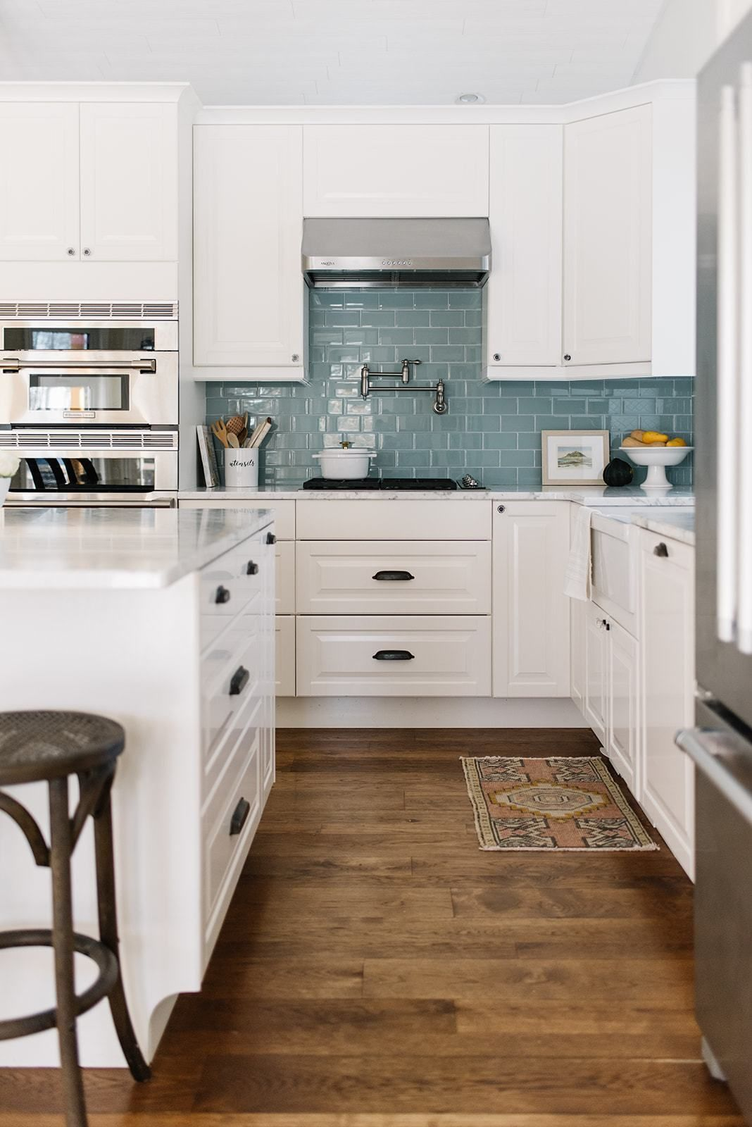 10 Ways to Design a Custom Kitchen on a Budget - T
