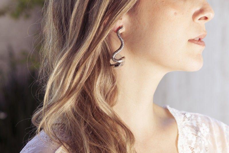 Brinco Sanke - #earrings#brincos#snake#joias#jewelry#crystal#cristal#quartz#quartzo#shoponline#lojavirtual#anapalacio