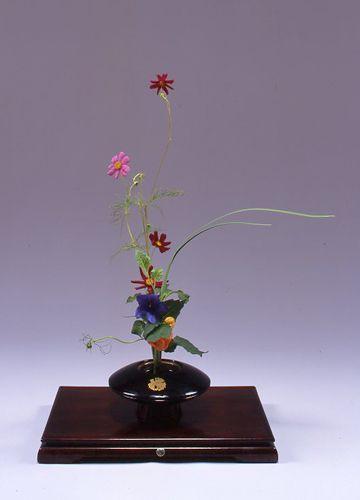 いけばな・華道 創美流kadou-soubiryu-ikebana秋桜、桔梗、鬼灯、オクラレルカ