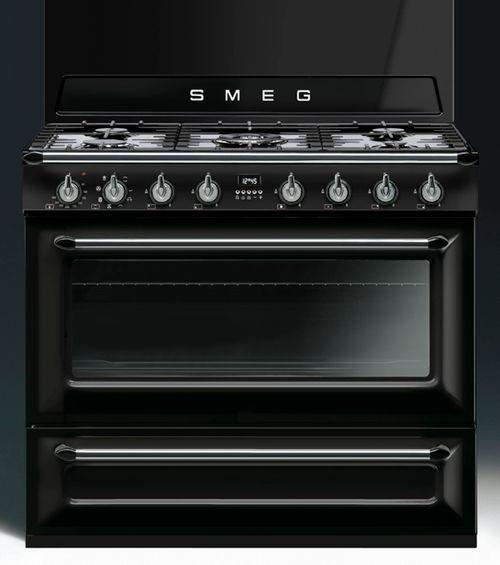 info pour 34dc7 929c2 Piano de cuisson Smeg TR90 noir | Cuisine // Piano en 2019 ...