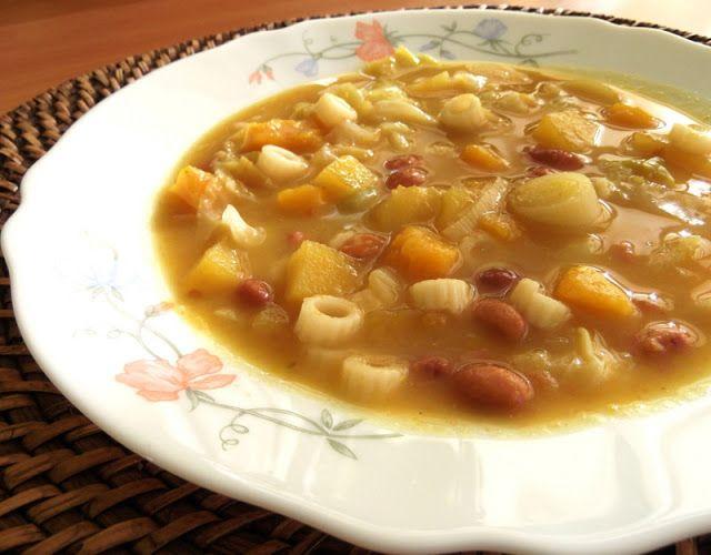 Cozinhadaduxa: Sopa de Feijão Manteiga