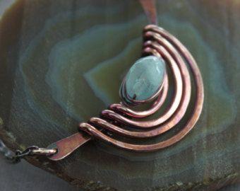 Cascada egipcio declaración cobre collar con concha por IngoDesign