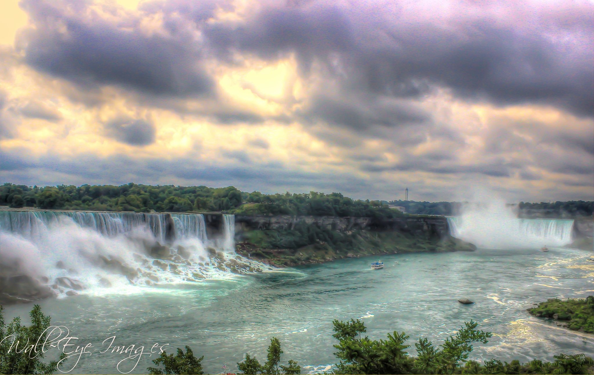 Niagara  Falls by  Parker on 500px