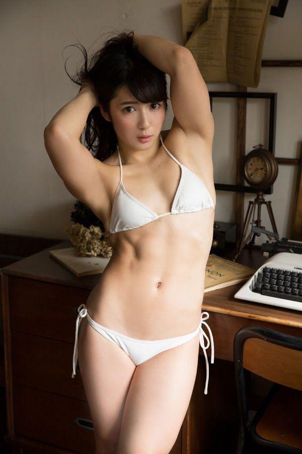 Female bodybuilder naked wrestling