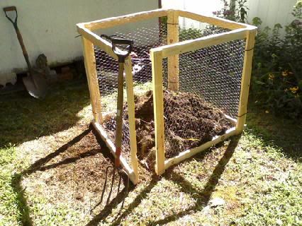 Heap Composting Wood Frame Amp Galvanized Chicken Wire