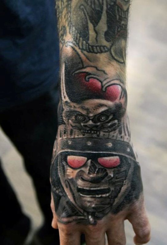 Amazing Samurai Head Tattoo On Man Left Hand Hand Tattoos For Guys Hand Tattoos Tattoos For Guys