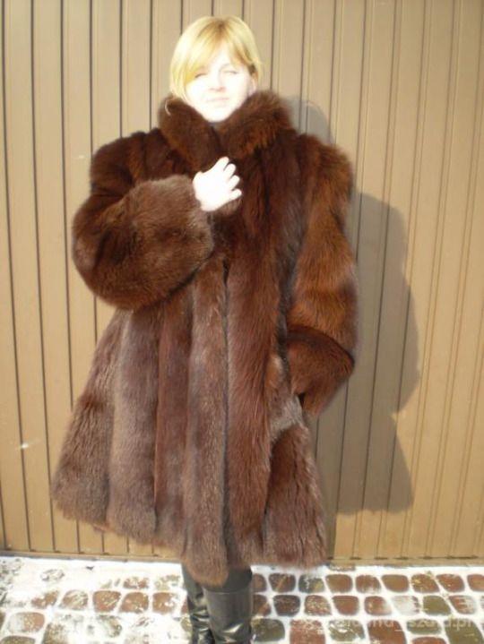 Yummy fur coat fetish story