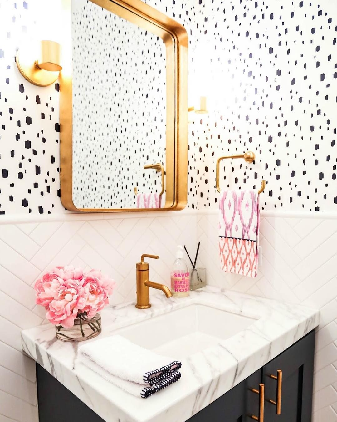 This High Contrast Bathroom Featuring Our Navy Spotted Wallpaper Is Just Too Good Not To Share And That Herring Girls Bathroom Bathroom Inspiration Home Decor
