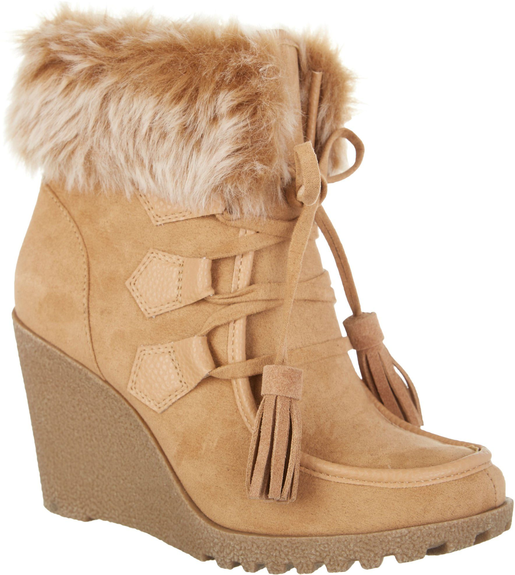 Unionbay Womens Peg Lace Up Ankle Boots 8 Camel beige -- Awesome products selected by Anna Churchill