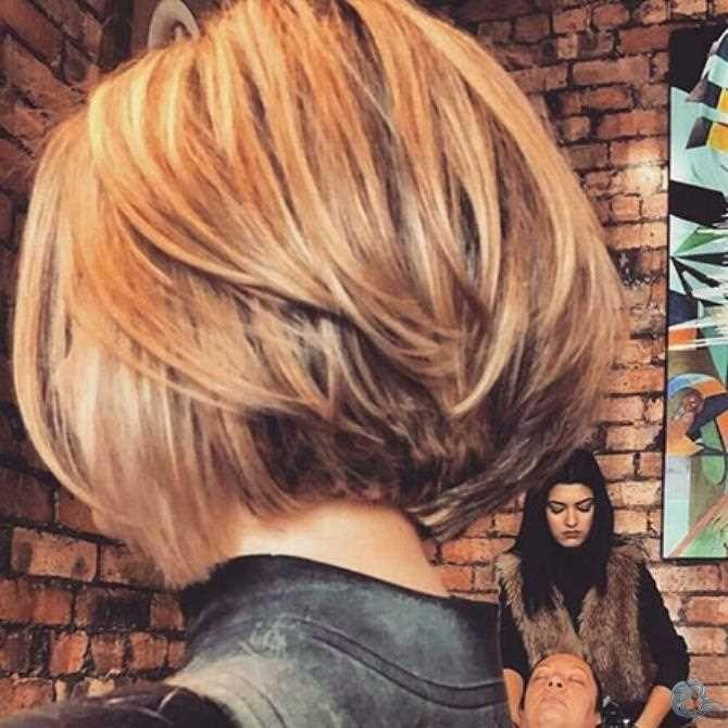 In Diesem Artikel Finden Sie Viele Coole Bilder Und Ideen Dafur Hair Coole Bob Bobfrisuren Cool Layered Bob Hairstyles Bob Hairstyles Thick Hair Styles
