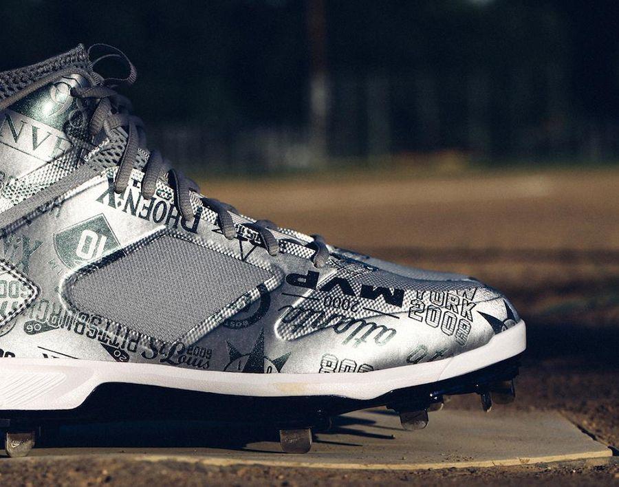 new concept 2ad94 c456b Derek Jeter's Jordan Brand PE Cleats For Tonight's MLB All ...