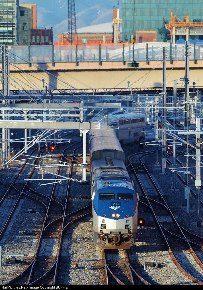 Amtk 206 Backs The California Zephyr Into Denver S Union Station