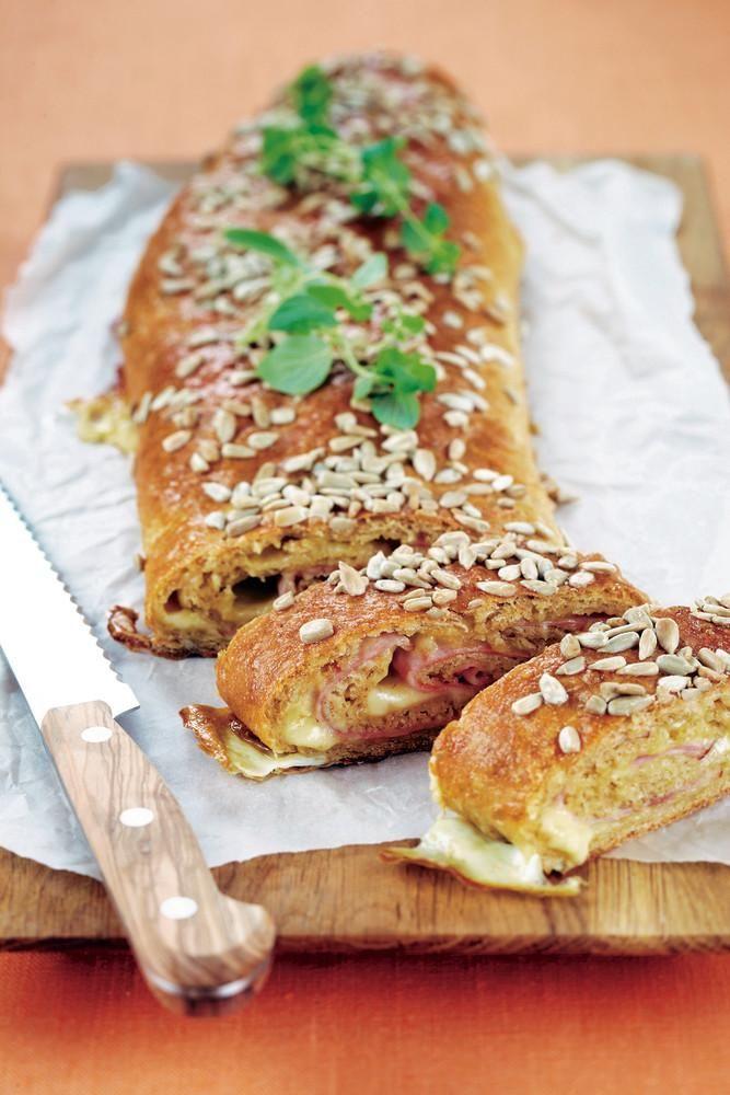 Täytetyt leipäkääröt, 2 kpl | Leivät ja sämpylät | Pirkka