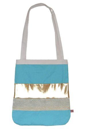 Stofftasche Yoko türkis von VibeLich jetzt auf nelou.com shoppen. Und 5500 weitere Designs mehr.