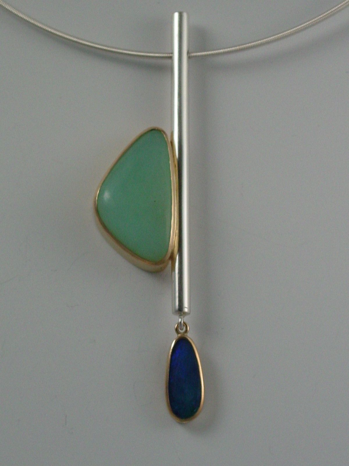 NECKLACE - STERLING SILVER, 18KT, PERUVIAN OPAL