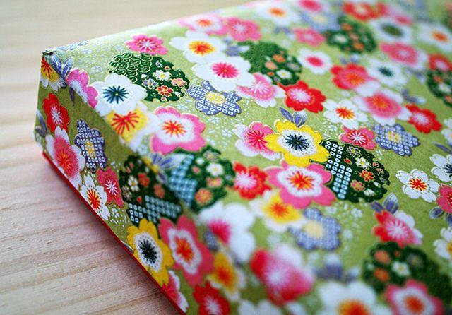 sakura box by karaku*, via Flickr